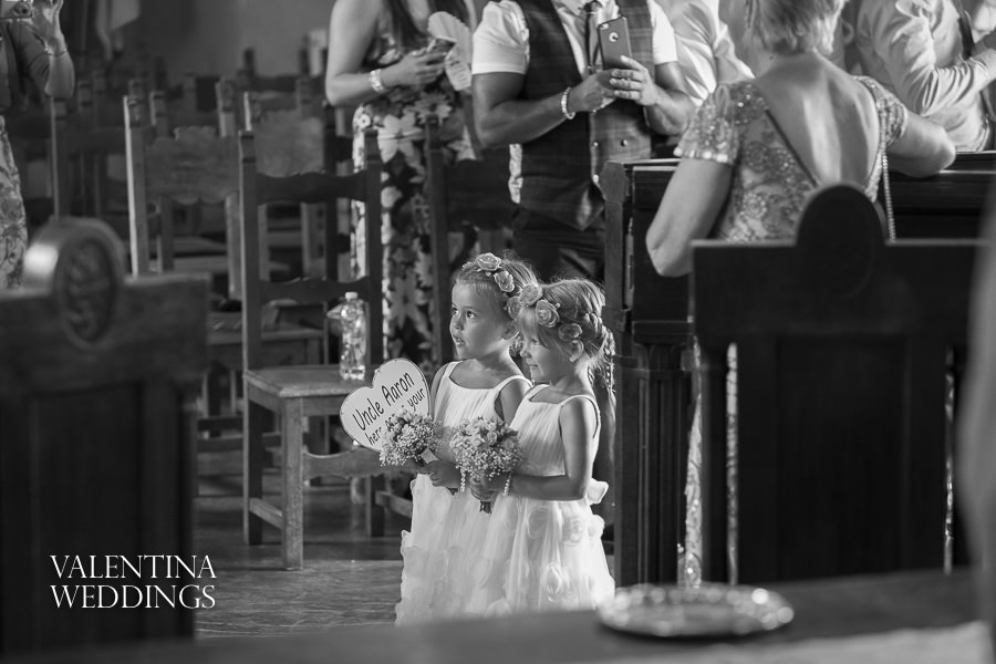Romantic Italian Wedding | San Crispolto | Valentina Weddings-003