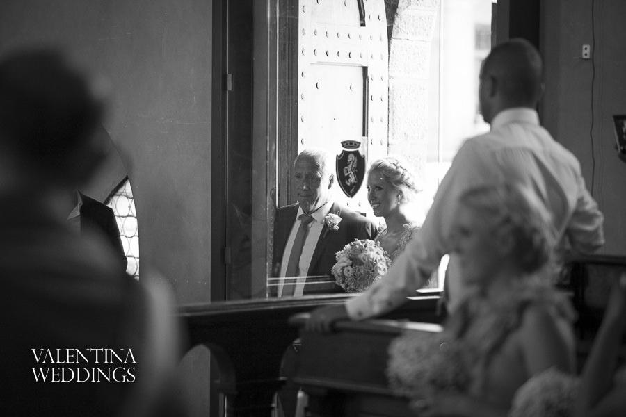Romantic Italian Wedding | San Crispolto | Valentina Weddings-004