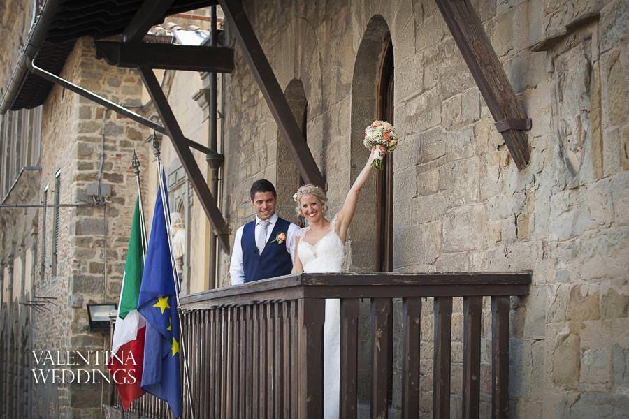 Romantic Italian Wedding | San Crispolto | Valentina Weddings-011