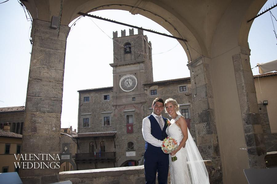 Romantic Italian Wedding | San Crispolto | Valentina Weddings-017
