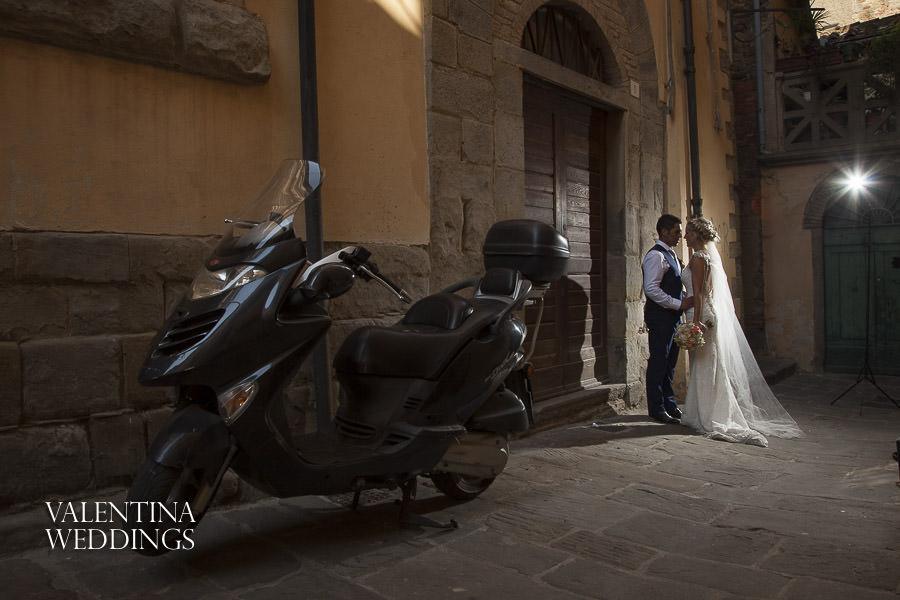 Romantic Italian Wedding | San Crispolto | Valentina Weddings-022