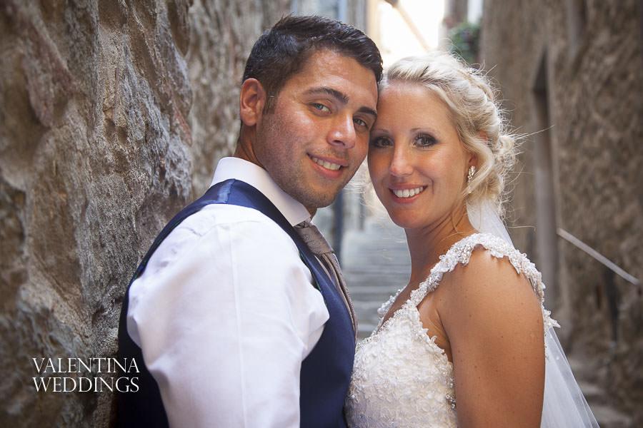 Romantic Italian Wedding | San Crispolto | Valentina Weddings-025