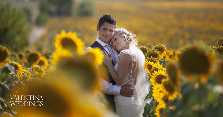 Romantic Italian Wedding | San Crispolto | Valentina Weddings-037