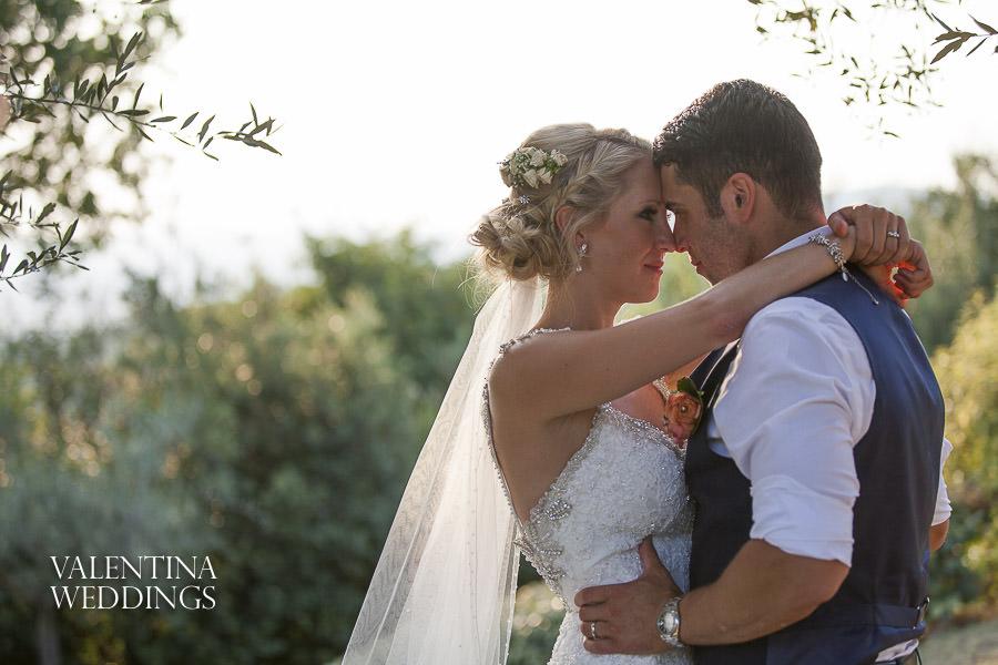 Romantic Italian Wedding | San Crispolto | Valentina Weddings-052