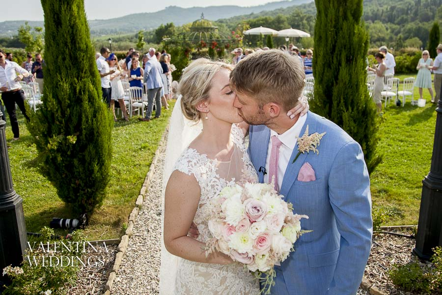 Valentina Weddings | Romantic Italian Wedding | Villa San Crispolto-009