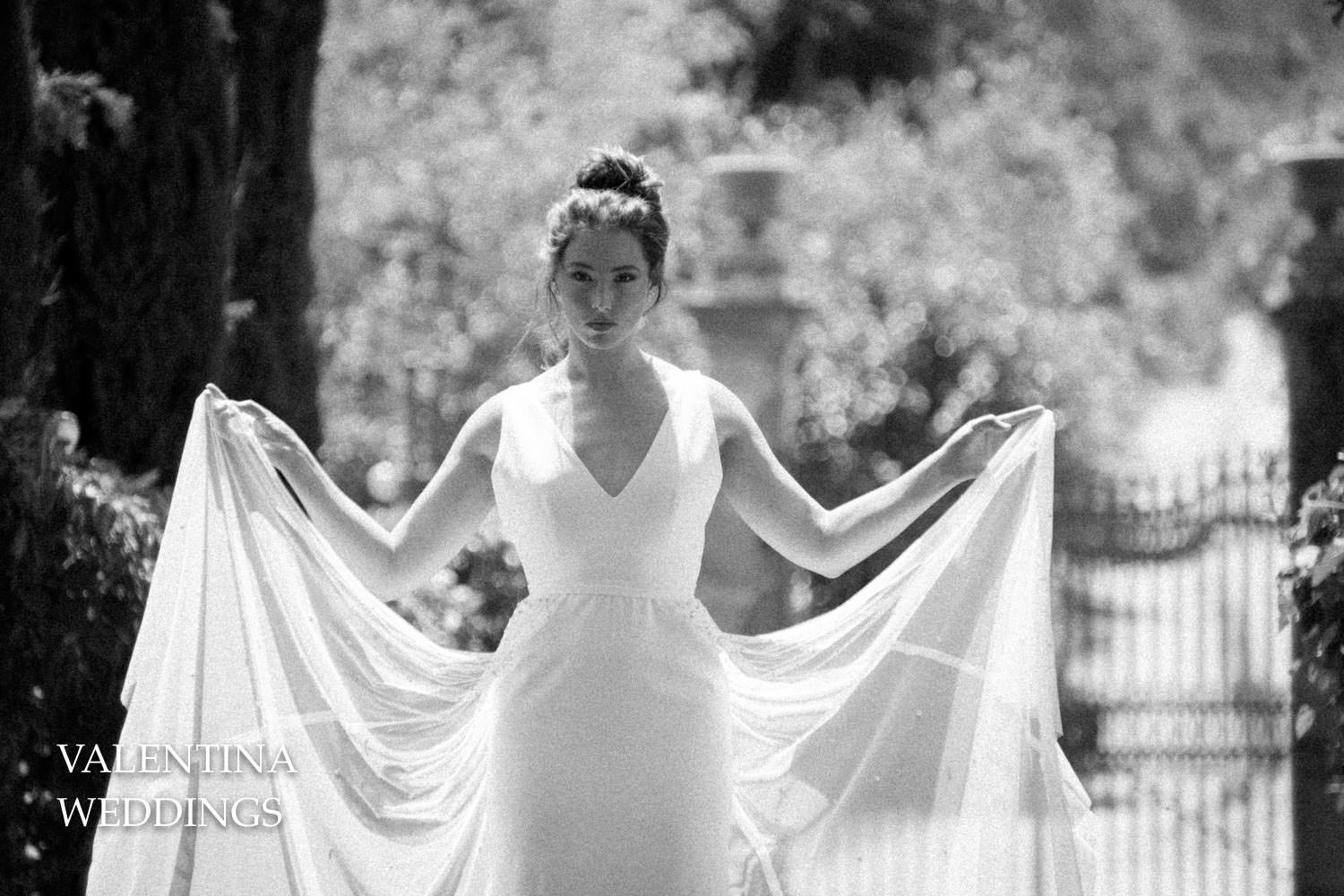 Vintage black and white bride